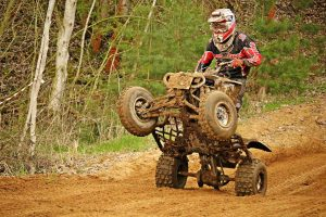 How To Ride An ATV With A Clutch: Step By Step Guide - AtvHelper